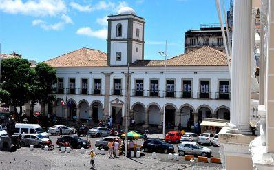 Câmara Municipal de Salvador abre concurso com 160 vagas
