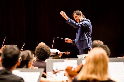 Osba celebra 39 anos com live interpretando obras de Tchaikovsky e Mussorgsky