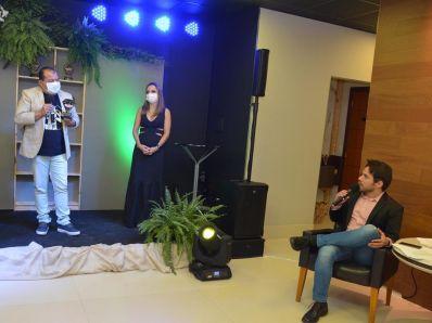 Cafu Barreto é prefeito destaque em premiação da Caraíbas FM