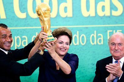 """""""Brasil está preparado para maravilhoso espetáculo"""", garante presidenta."""