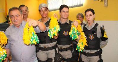 Acre distribui apitos para população ajudar Polícia