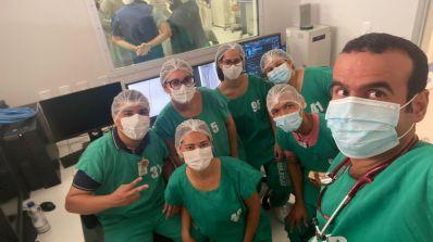Elmo Vaz comemora 1º procedimento na Central de Hemodinâmica do Regional