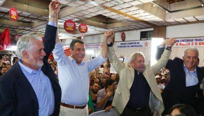 Lula participa de evento da campanha de Rui Costa
