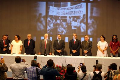 Wagner defende democracia e liberdades política e de imprensa