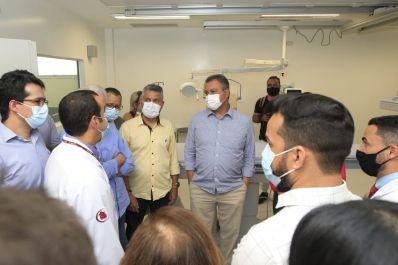 Rui inaugura Central de Hemodinâmica e assina ordem de serviço de R$ 40 milhões para ampliação do Regional