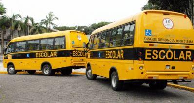 Ibititá consegue mais dois ônibus escolares