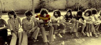 João Gilberto, a Bossa reconstrói genial carreira do músico baiano