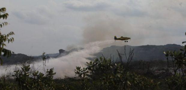Aeronaves vão realizar rescaldo das regiões afetadas por incêndio em Uibaí
